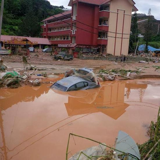 Gambar dan Foto banjir di Ringlet, Cameron Highlands Oktober 2013