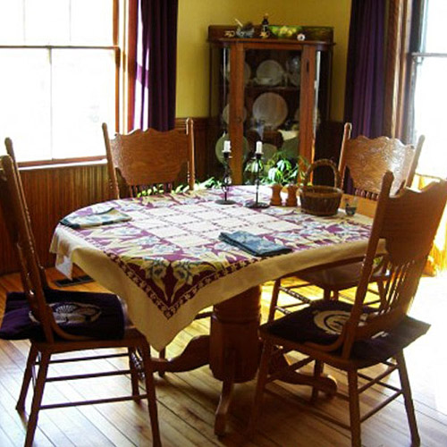 A few tricks to make your dining room looks new interior for Dining room looks
