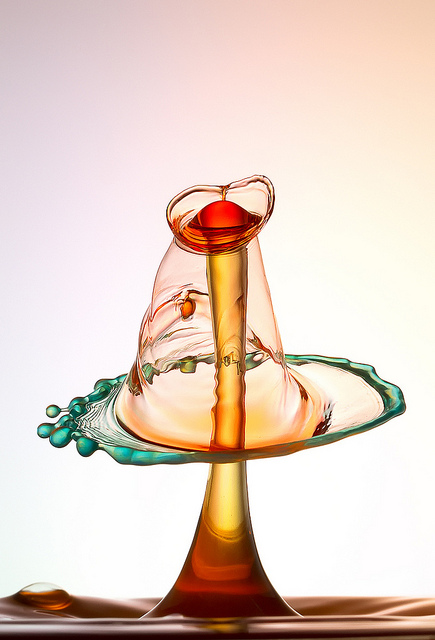 Liquid Bubble High Speed Photography Heinz Maier The DNA Life - High speed liquid bubble photography
