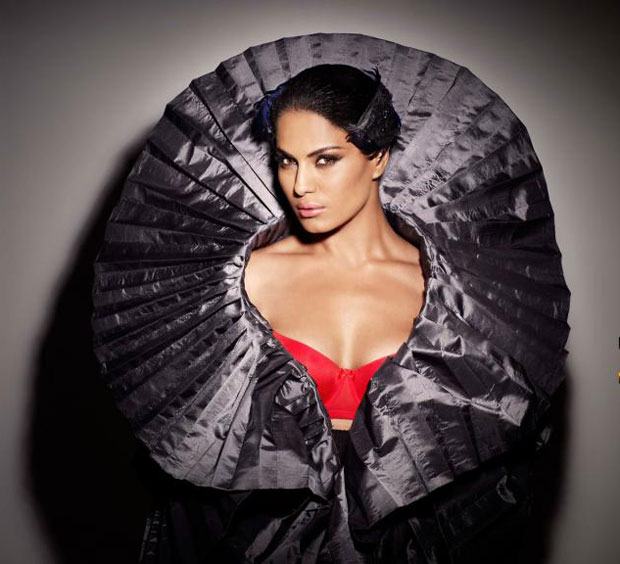 Veena malik drama queen hot photos