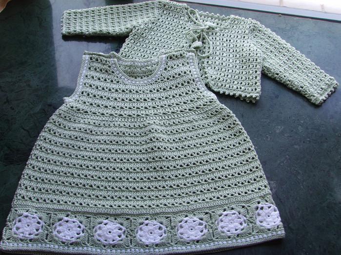 Вязаный крючком комплект-платье и жакет для малышки/4683827_20120607_203337 (673x502, 154Kb) .