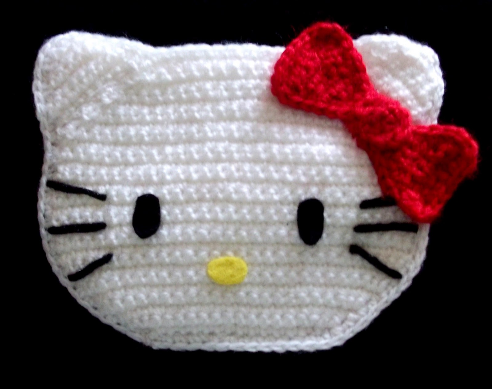 Lana y ganchillo: Monedero, portatodo o bolsito de Hello Kitty