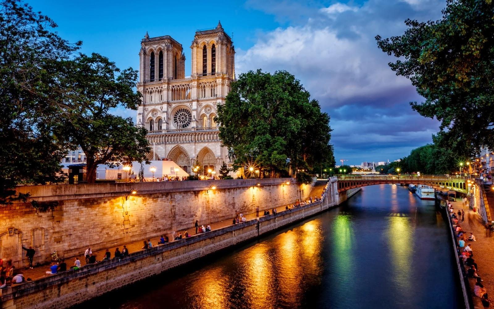 La Catedral de Notre Dame de Paris Imagenes