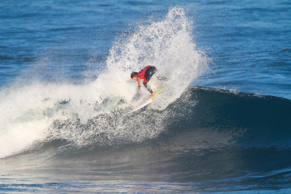 24 Kanoa Igarashi USA 2015 SATA Azores Pro Foto WSL Laurent Masurel