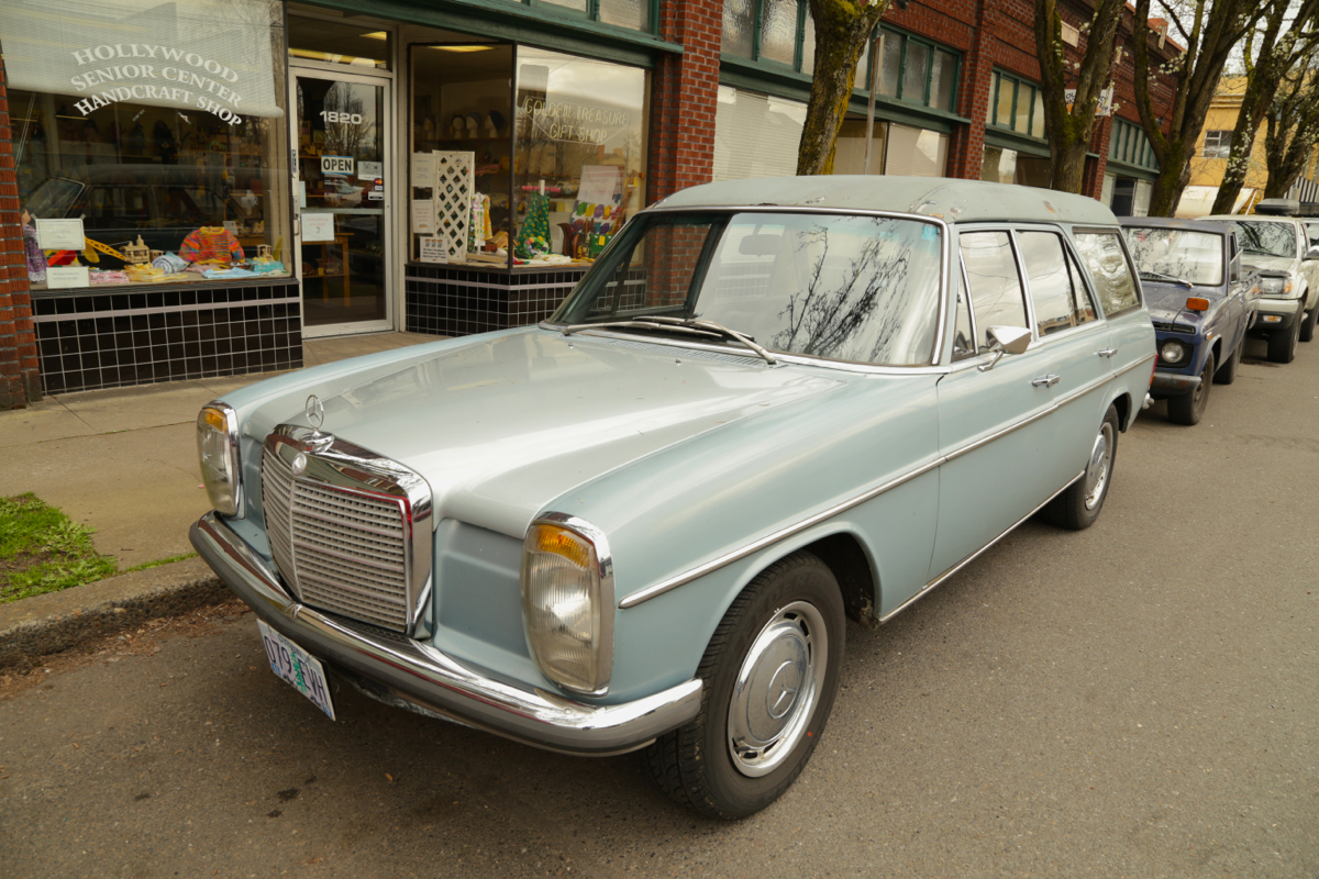 1972 Mercedes Benz 220D Wagon.