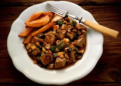 Domatesli ve mantarlı tavuk