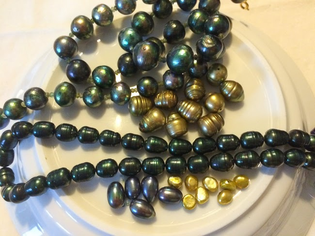 Kaffesoesters artificially coloured Fresh Water Pearl collection