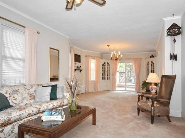 1920s Charmer: Living Room 1