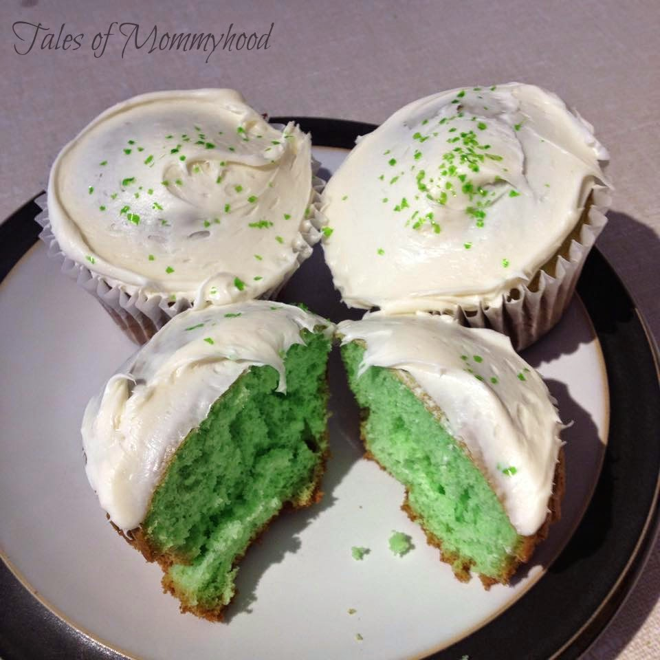 Super Simple St. Patrick's Day Cupcakes