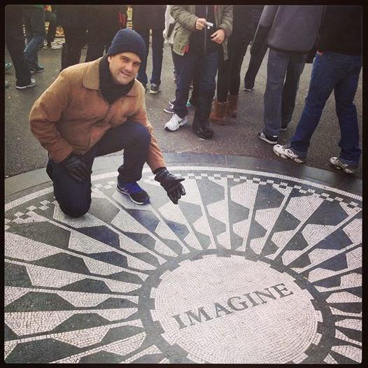 Perto de Lennon