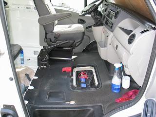 la pr paration du fourgon am nager un camping car en conservant l 39 utilitaire. Black Bedroom Furniture Sets. Home Design Ideas
