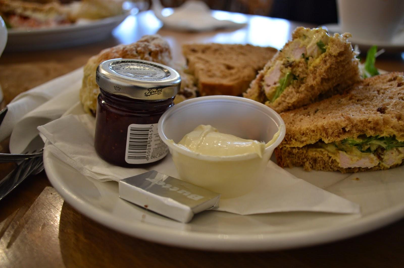 Heybridge, Tiptree, Maldon, tearooms, cream tea, afternoon tea, scones, jam, photo, photograph, boat,