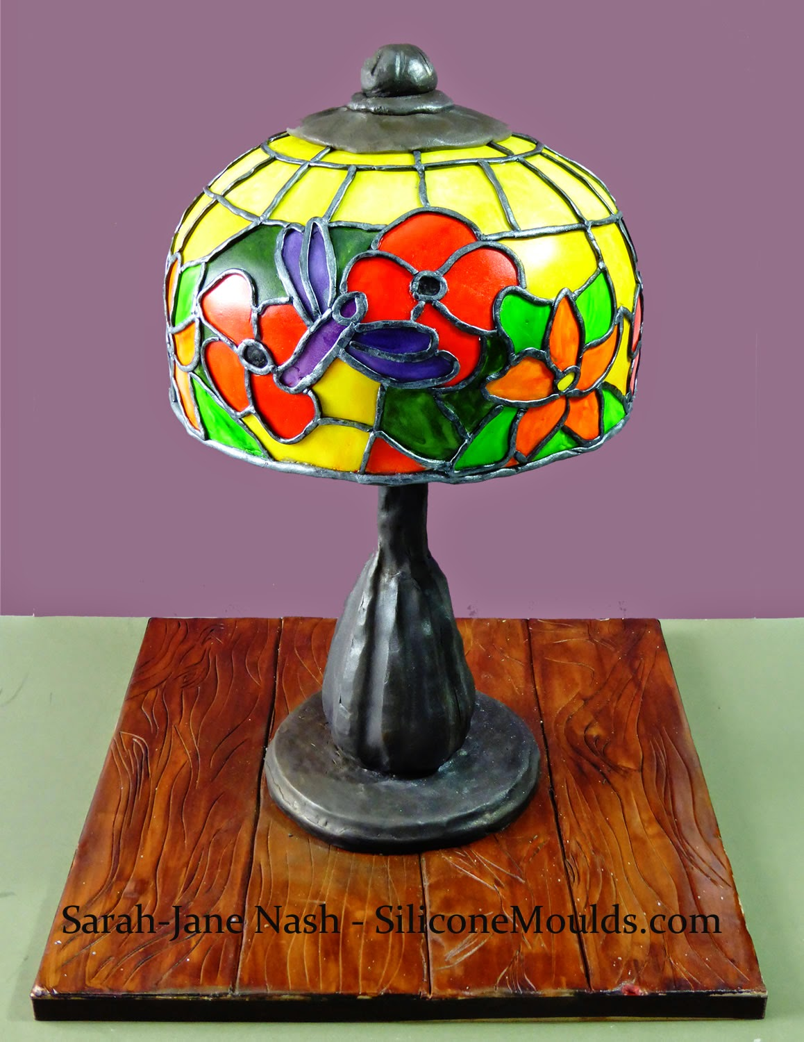 structural and brightly coloured novelty tiffany lamp / table lamp cake