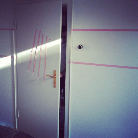 cati basmatis welt projekt kinderzimmer aka farbe an die wand. Black Bedroom Furniture Sets. Home Design Ideas
