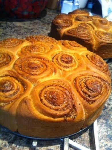 Chelsea bun cinnamon rolls