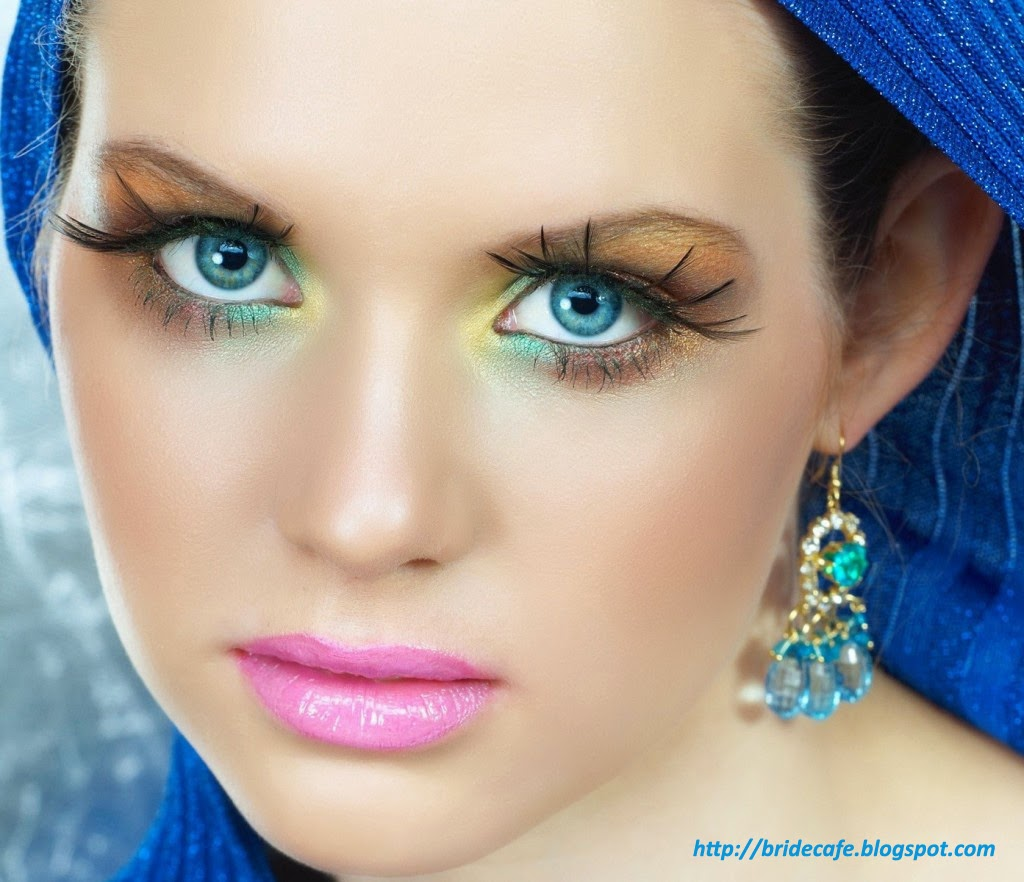 Blue Summer Eye Shadow