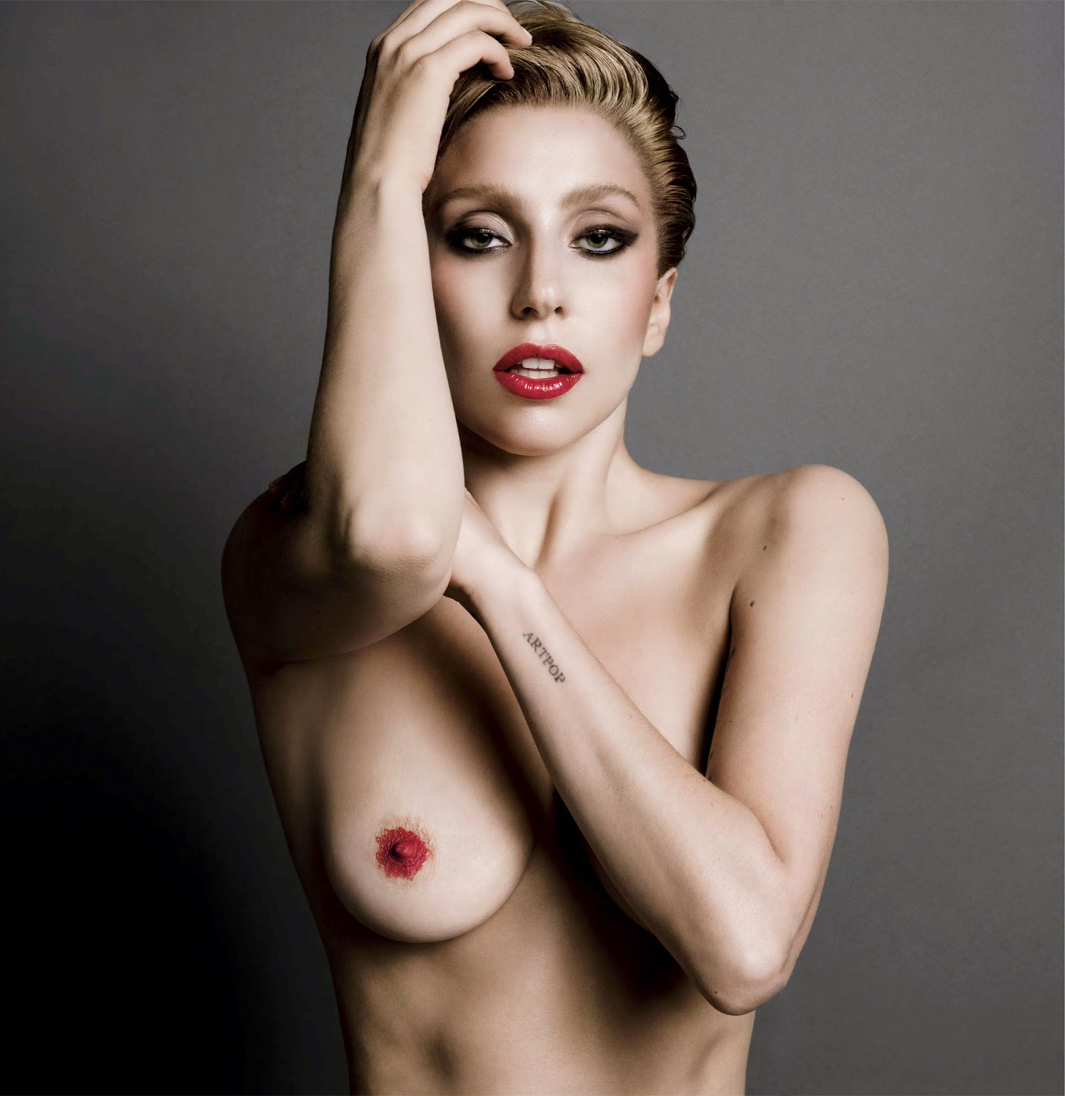 Lady Gaga – Nude Photoshoot for V Magazine