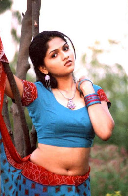 sunaina-hot-and-sexy-still