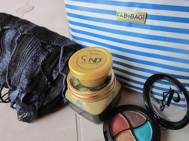 May 2015 Fab Bag - Review image