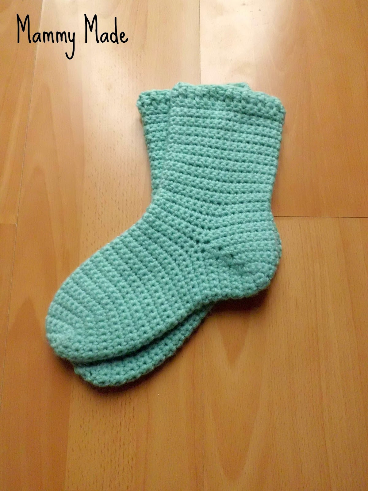 Crochet Sock Pattern : Mammy Made: Crochet Chunky Socks Pattern