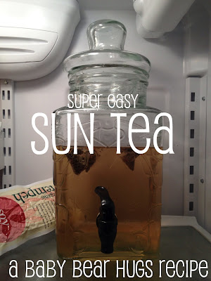 super easy sun tea in a glass jar