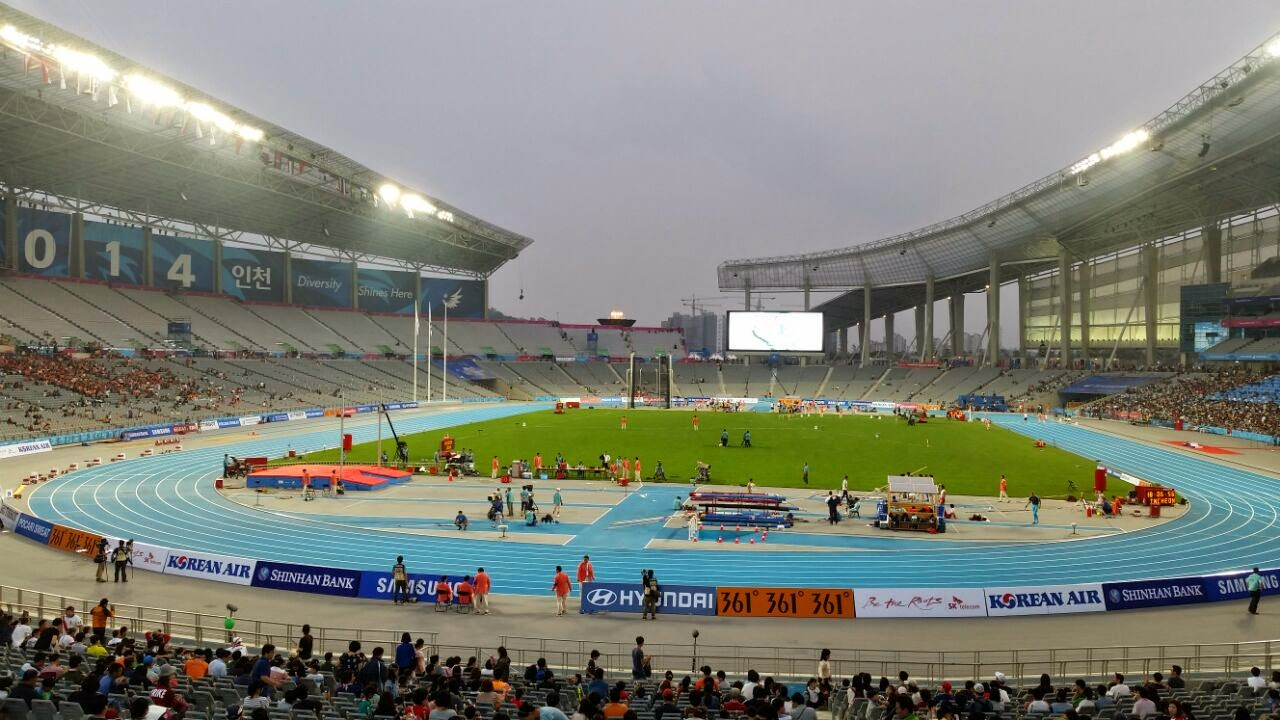Main stadium during Athletics, 2014