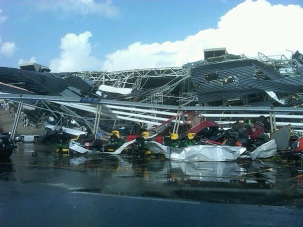 tornado pictures raleigh nc. Tornado hits Raleigh, NC