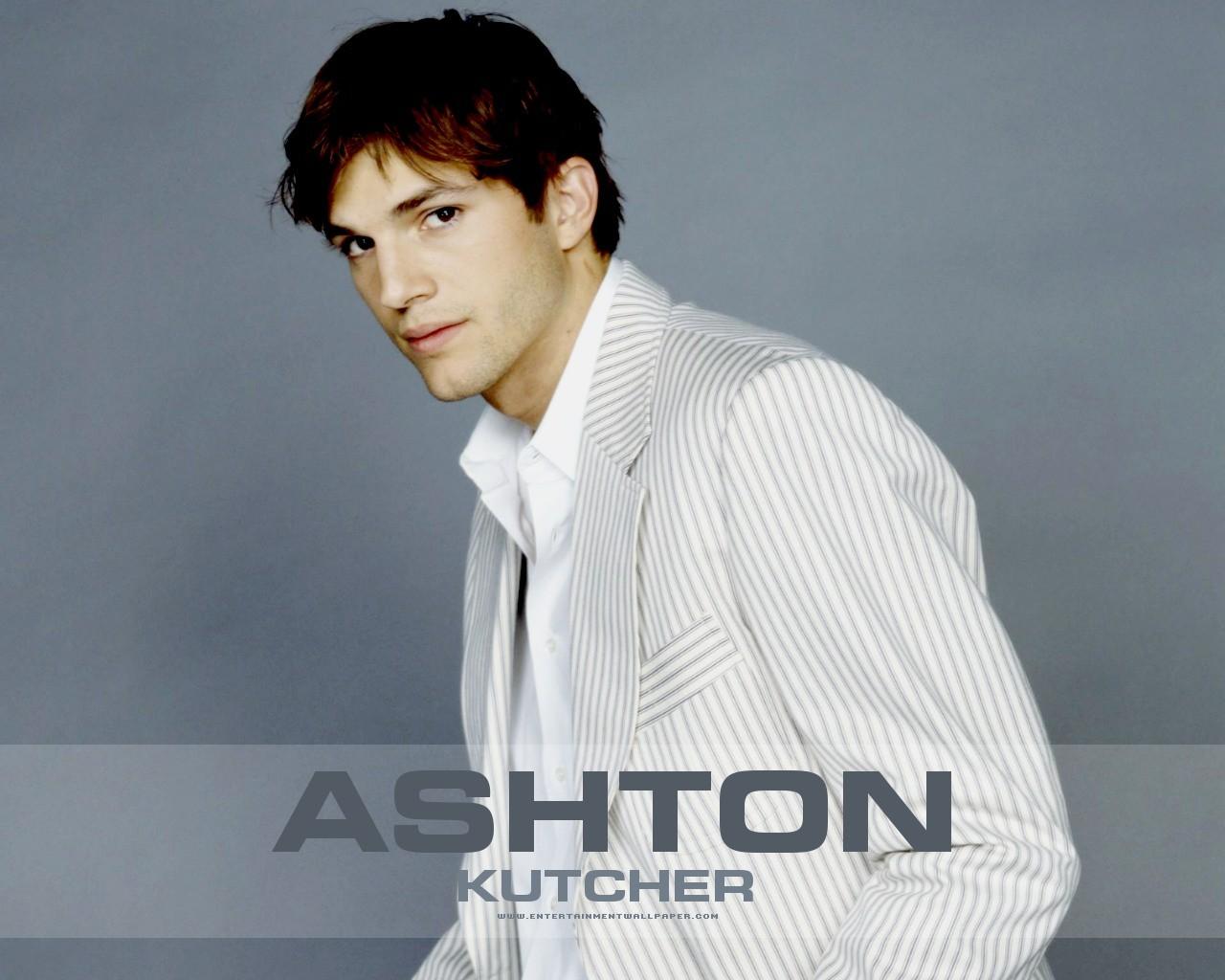 http://3.bp.blogspot.com/-70N7_lyu33c/T_lnktZr5OI/AAAAAAAADts/GAmRUYB4pp8/s1600/Ashton--kutcher-HD-Wallpaper-2012-07.jpg