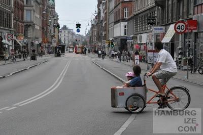 Kopenhagen: Geschäftsstraße ohne Parkplätze