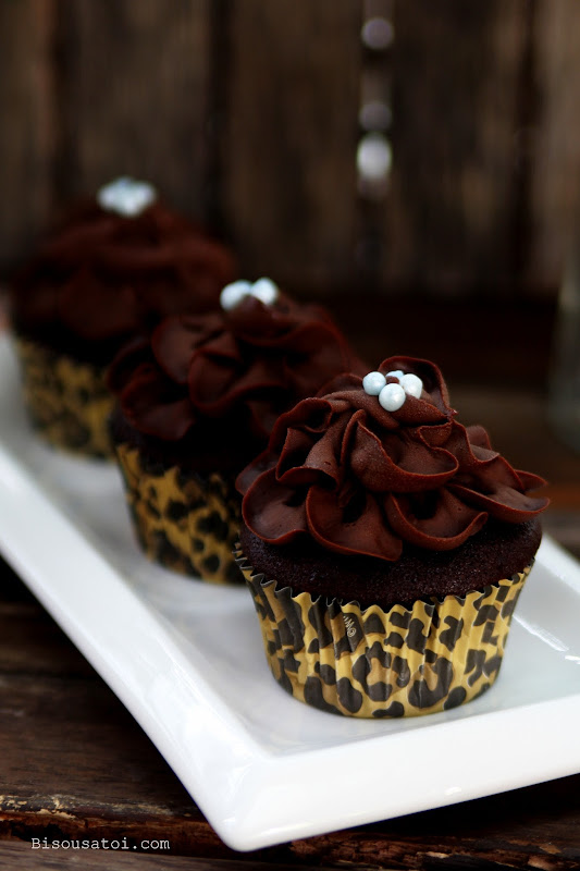 Deeply Dark Devils Food Cake Amp Pandan Marble Chiffon Cake