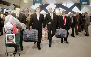Ponta pe aeroport după întoarcerea din SUA