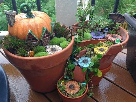 عمل تجميل للاواني المكسورة broken-pot-fairy-garden-9-533x400.jpg