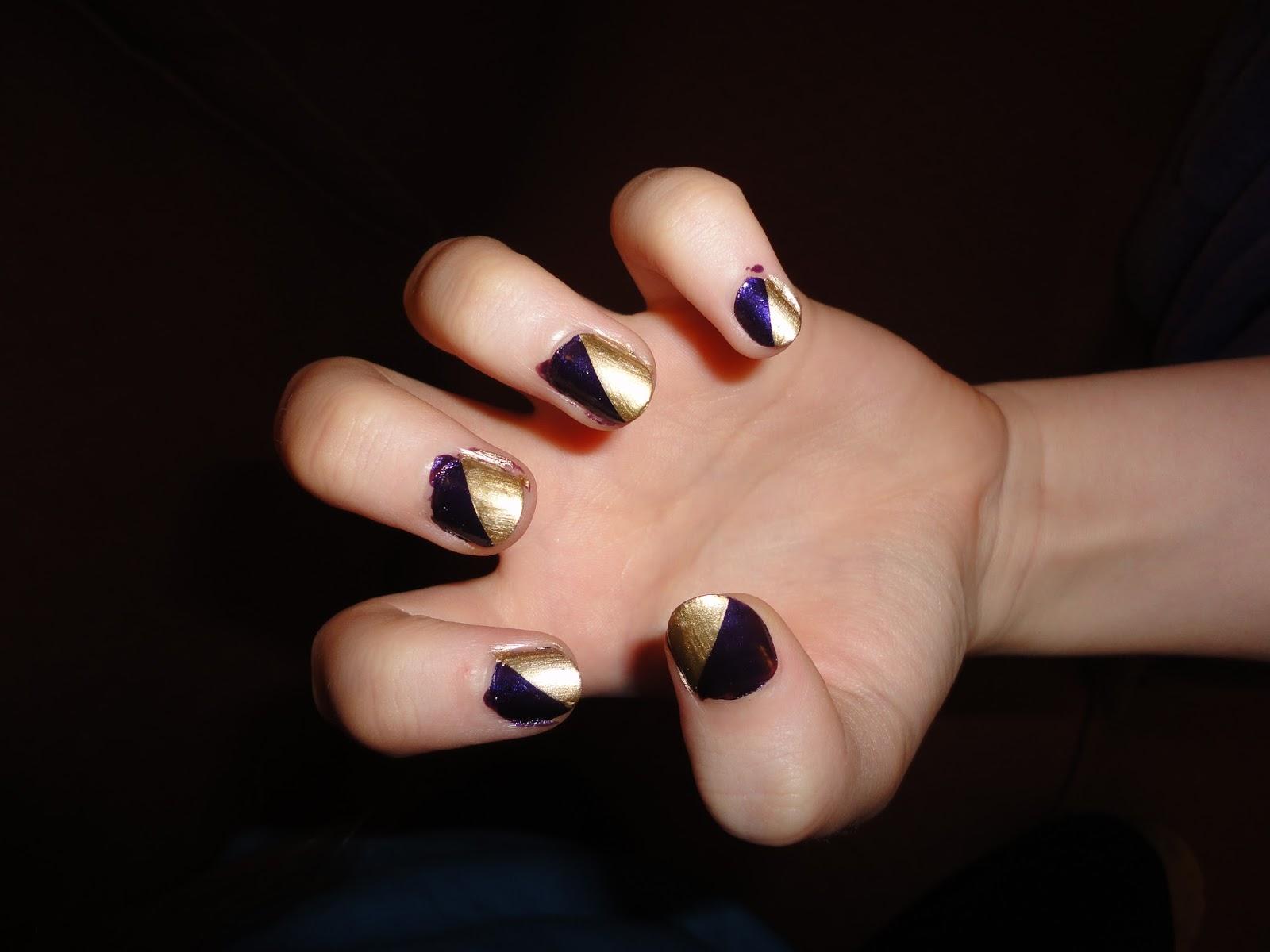 Nail Art: Diagonal split nails!