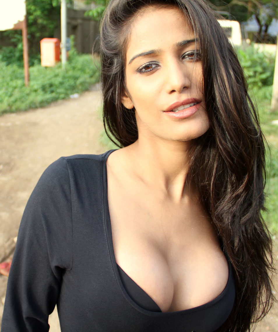 images: poonam pandey hot and sexy photos