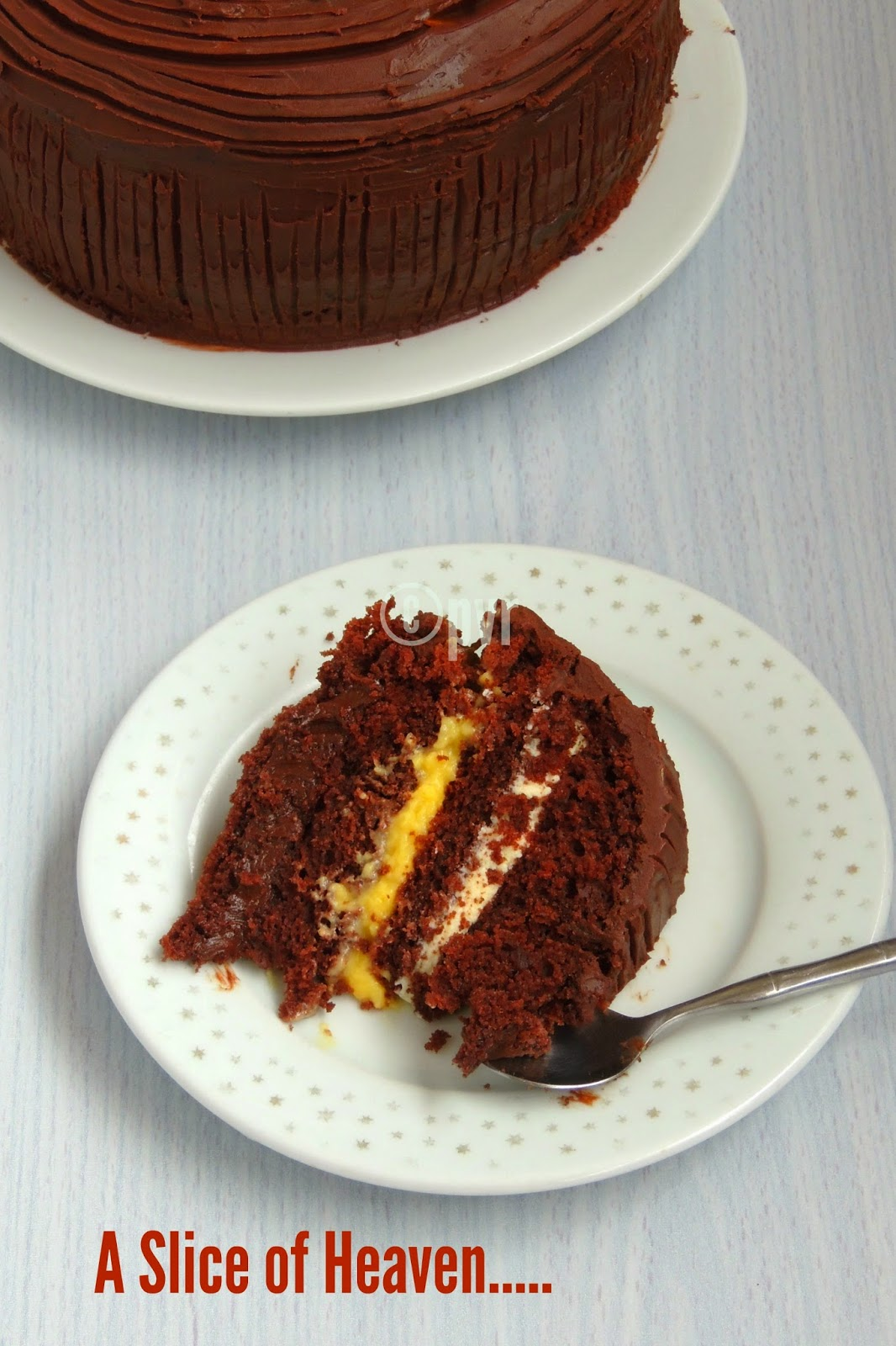 Chocolate cake with different eggless filling