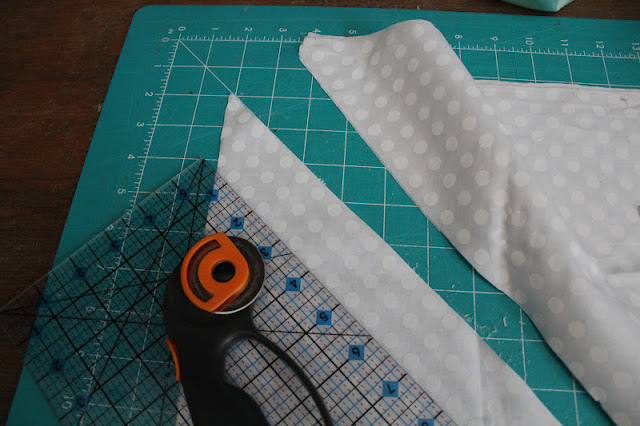 how to stop cotton fabric from fraying