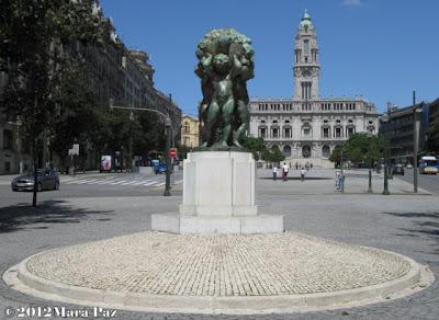 Liberty Square, Porto
