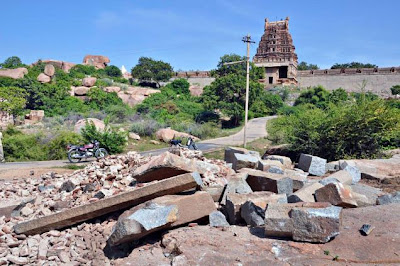 The four-pillared mantapa, situated on the way to Malyavanta temple in Hampi, is popularly known as gaali gopura [Credit: The Hindu]