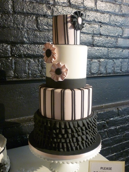 wedding cakes pictures pale pink and black wedding cake