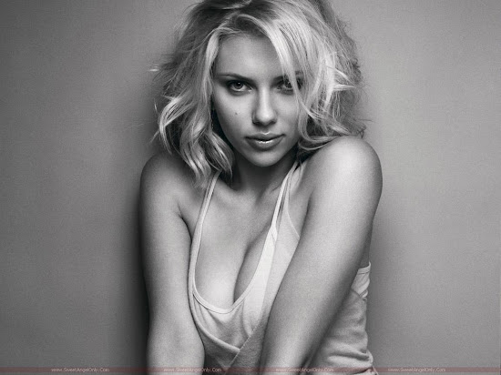 Scarlett_Johansson_simply_hot
