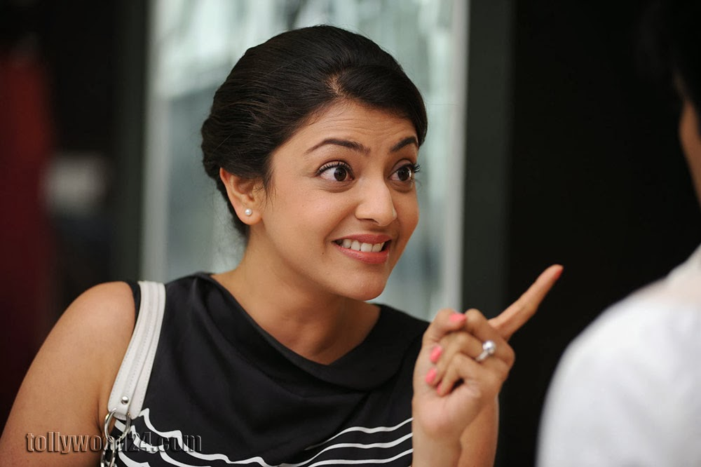 Kajal Agarwal Photos from Sarocharu-HQ-Photo-15