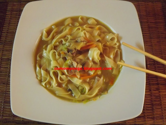 Sopa china con noodels