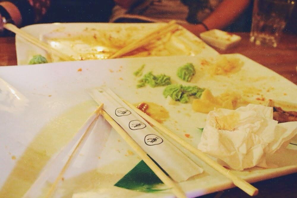 Tschüssi mit Sushi // It's Brogues © Brogues Cozens-McNeelance