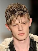 Los mejores peinados de las celebridades 2012 . peinados de moda