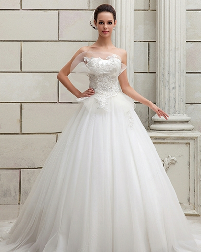 http://www.pickeddresses.com/tulle-satin-ball-gown-sweetheart-court-train-appliques-wedding-dresses-p918.html