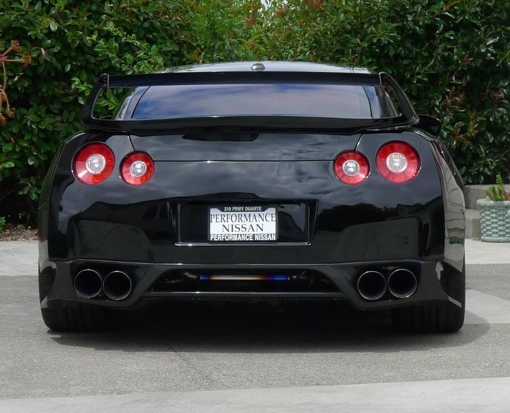 Nissan GT-R Wide Body Kit