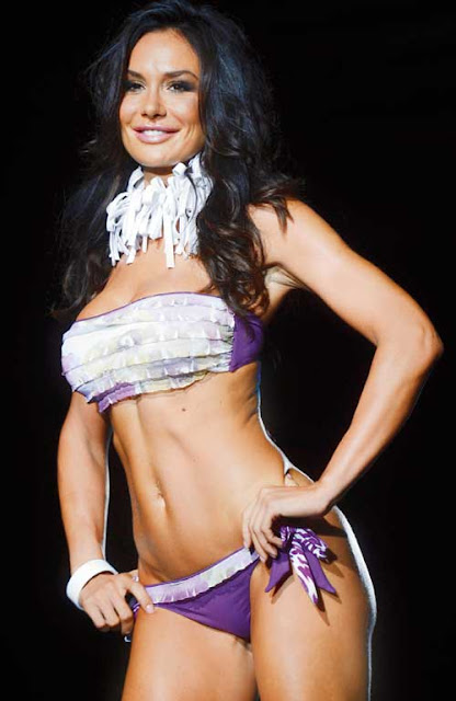 Nicole Minetti Sexy in Lingerie