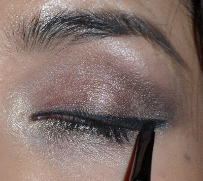 Stila Smudge Pot Eyeliner on brown eyes