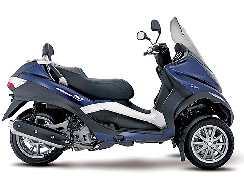 2013 Piaggio MP3 400 Scooter pictures - 480x360 pixels