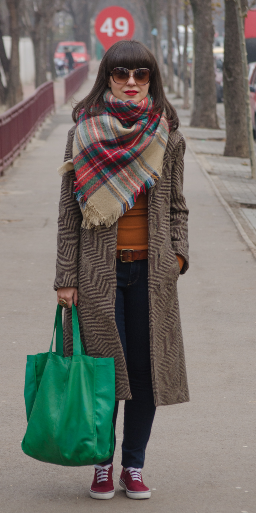 clasic brown fall coat thrifted burgundy h&m sneakers burnt orange turtleneck over-sized scarf colorful green red christmas bag zara indigo jeans skinny bangs hair